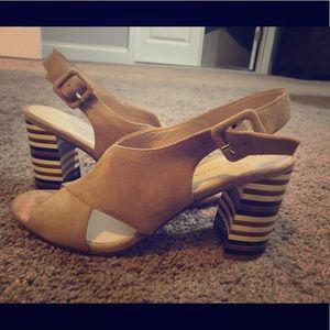 Pelle Moda block heel